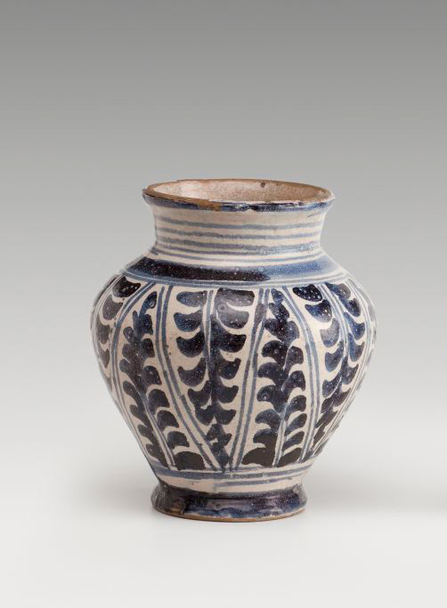 Earthenware jar with