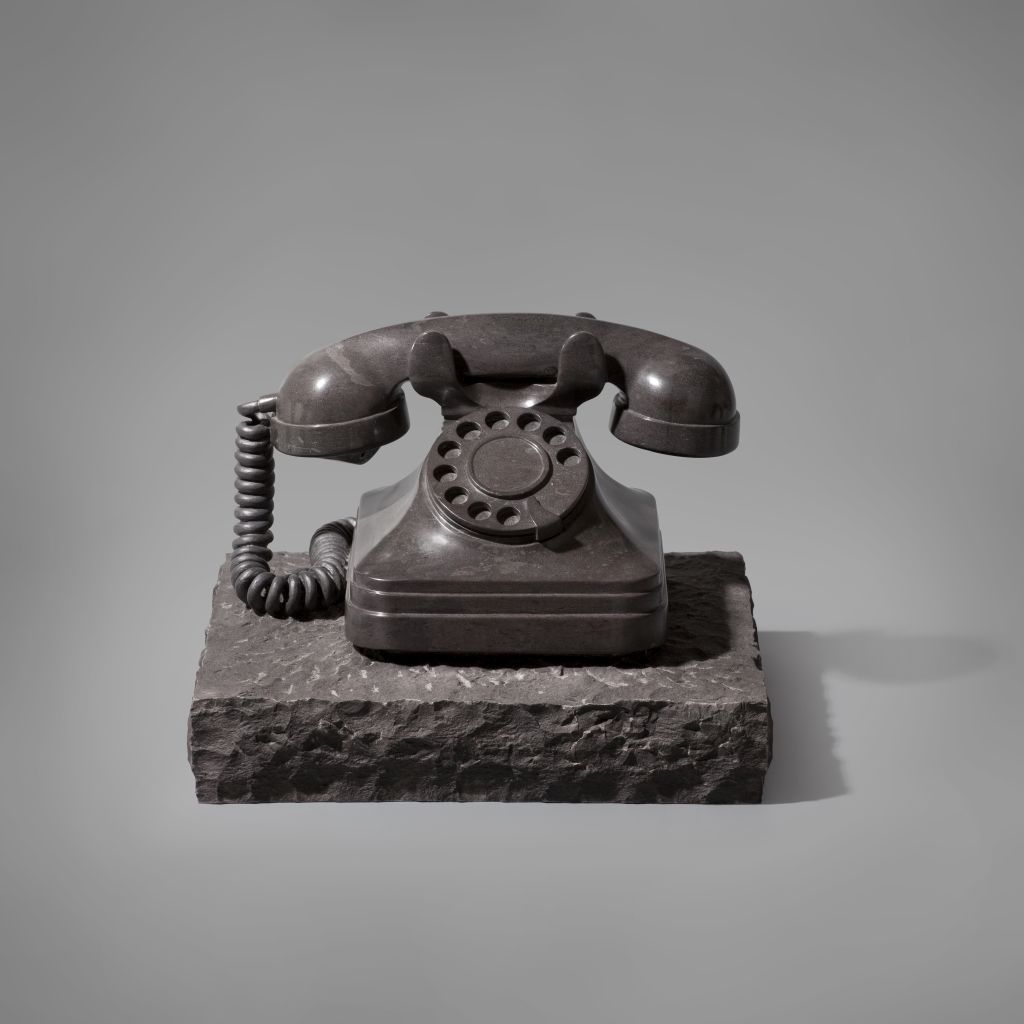 Telephone, Joan Mora