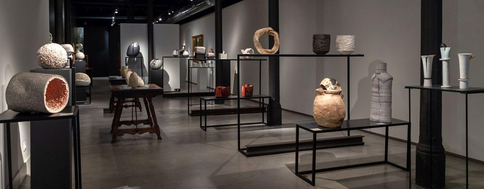 Nuevos lenguajes, texturas y materiales: así salta al vacío la cerámica contemporánea